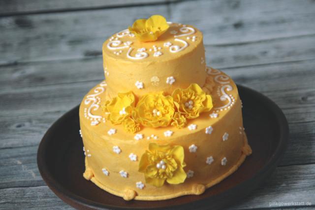Torten: Gelbe Geburtstagstorte