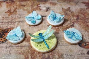 """Royal Icing Kekse """"Blaue Insekten"""""""