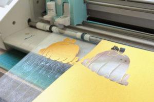 Plotten - Schneiden von Papier/Tonkarton
